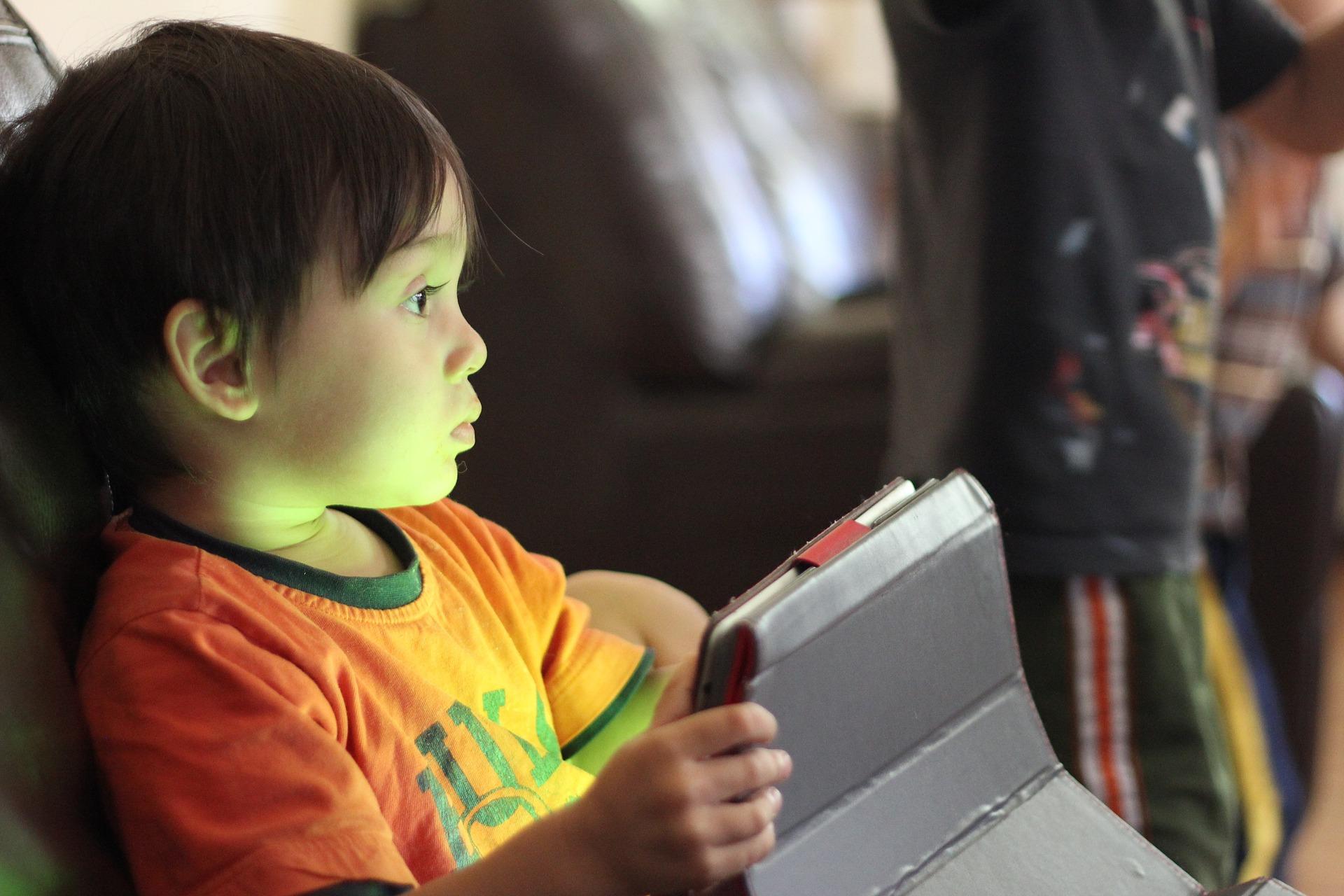 Digital Summer Time: How Do Kids Keep Busy?